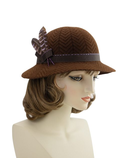 Brown 1940s style hat. Embossed felt fedora with pheasant feathers.