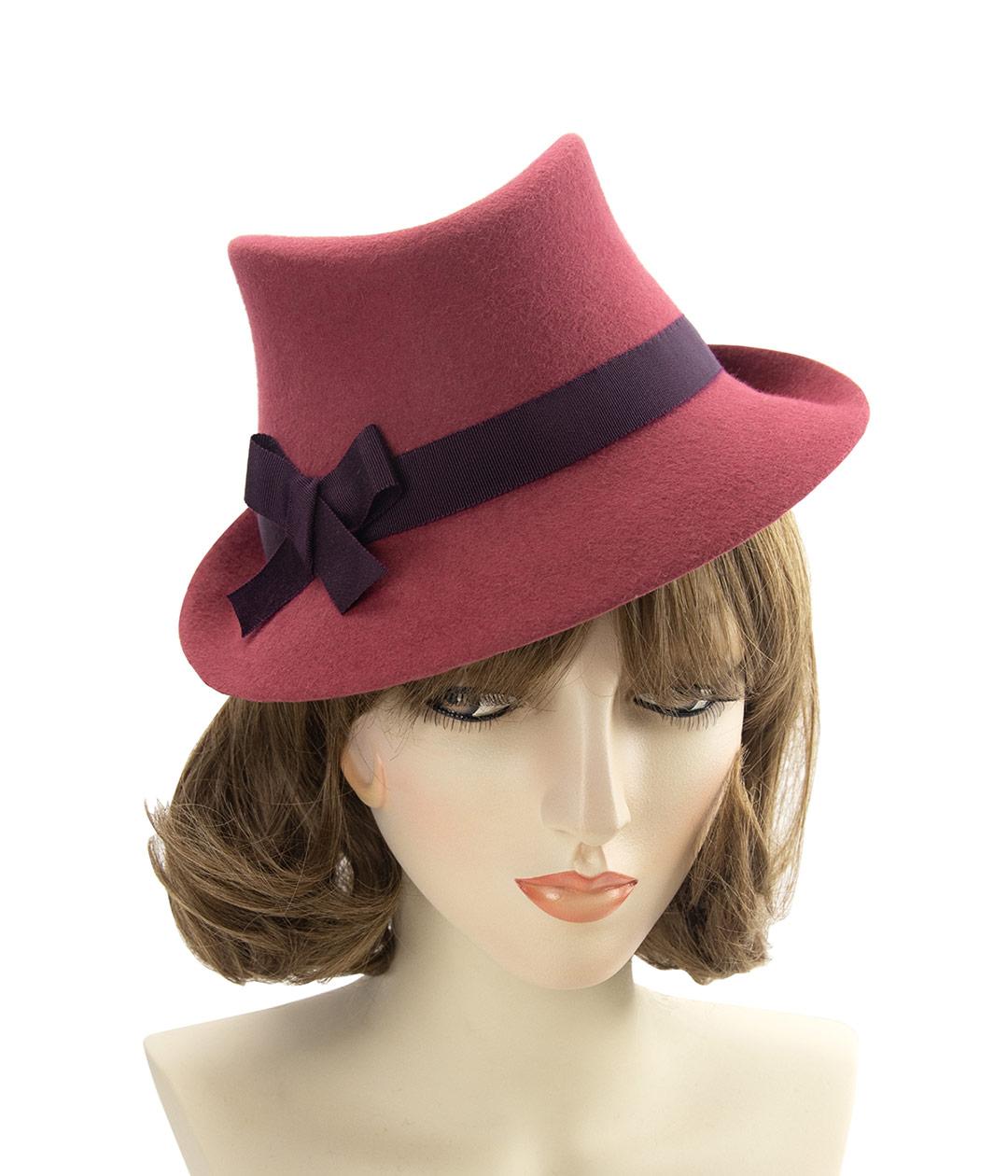 Cinnamon red 1940s-style ladies fedora hat
