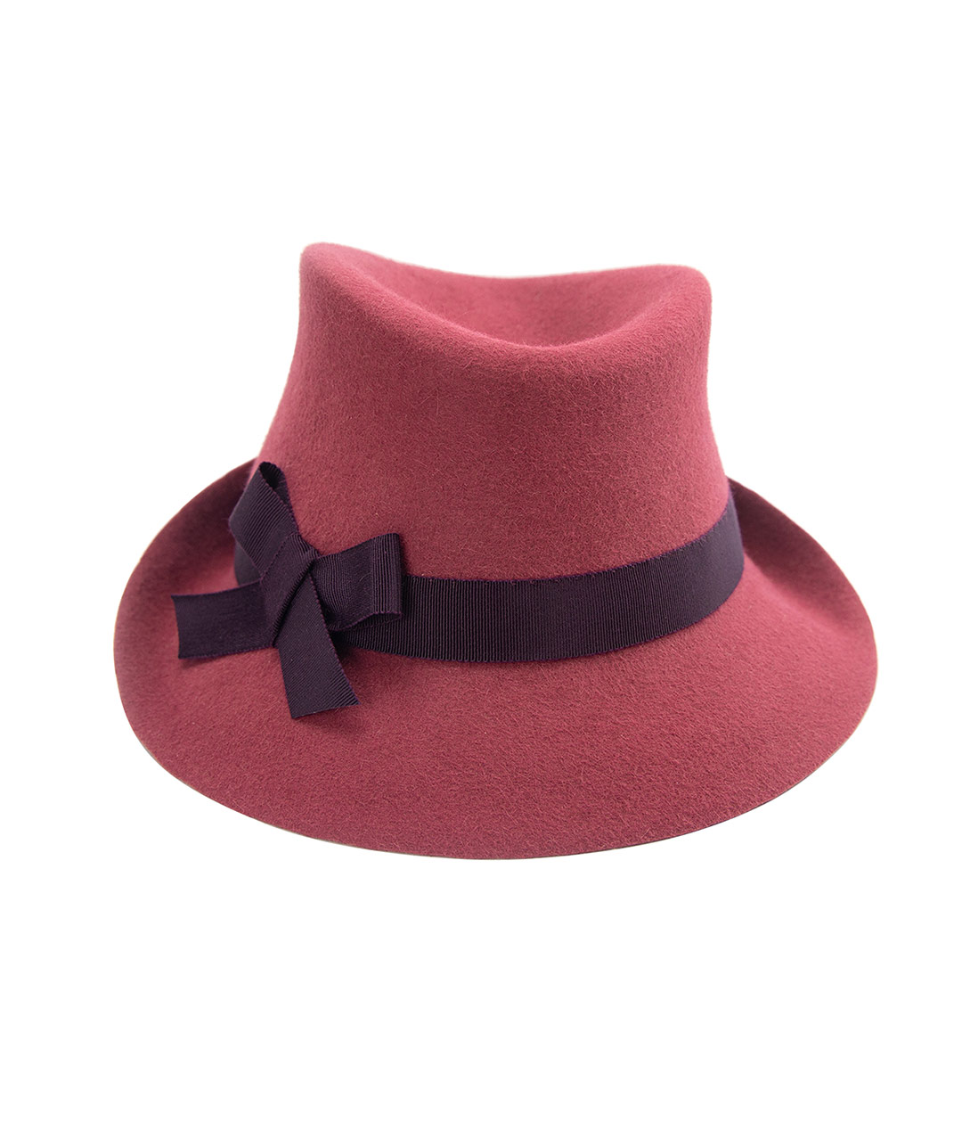 Front view of 1940s-style ladies hat in cinnamon red felt